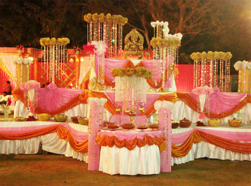 Ensure A Perfect Gourmet Feast For Your Guests Bindiweddings