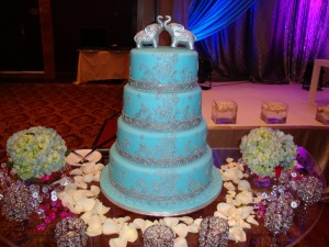 Indian-Elephants Wedding Cake